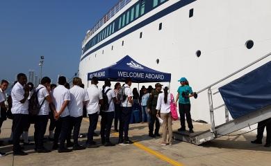 240 estudiantes y 6 docentes de las comunidades de Ceballos, Nuevo oriente, Albornoz, San Isidro Bajo y Santa Clara visitaron el crucero Freewinds que se encuentra por estos días en la ciudad de Cartagena.