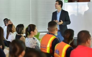 """Con el """"Port ideas day"""" inicia el programa donde empleados presentan proyectos innovadores"""