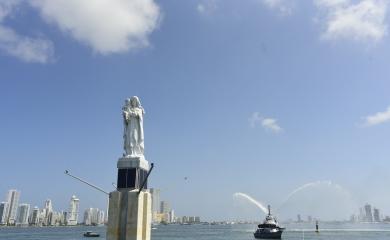 Gracias a la Fundación Puerto de Cartagena, la Armada Nacional y la Arquidiócesis la escultura de la Virgen del Carmen volvió a la bahía de Cartagena