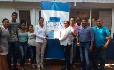 La Fundación Puerto de Cartagena hizo entrega oficial del Estudio de Caracterización Socio-Económica y del Plan de Desarrollo 2017-2019 del barrio Albornoz a la Junta de Acción Comunal (JAC) de la comunidad.