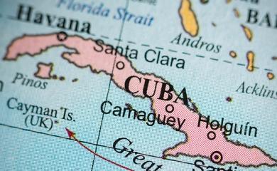 En Cuba se han puesto en marcha cambios que afectan diversas esferas del modelo económico y social de la nación. Las transformaciones económicas implican modificaciones en las relaciones externas del país y retos institucionales.