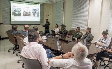 El equipo evaluador del Fondo Monetario Internacional visitó las instalaciones de la Organización Puerto de Cartagena