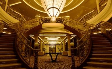 Con capacidad para 1.400 personas de las cuales 750 son pasajeros y 650 tripulantes, el crucero llama la atención por sus lujos, las obras de arte exhibidas, la atención personalizada, la comida y el confort de sus instalaciones. Fue bautizado por la princesa Charlotte de Mónaco y se encuentra en servicio desde mediados del 2016.