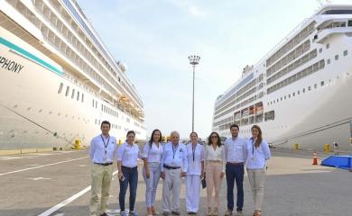 La viceministra de Turismo, Sandra Howard, visitó la Terminal de Cruceros de Cartagena en el marco de la operación más grande de la presente temporada, en la cual, cuatro cruceros atracaron de manera simultánea, con 9.251 pasajeros dejando un impacto económico estimado en casi un millón de dólares.