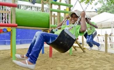 La Fundación Puerto de Cartagena entregó la recuperación urbanística del Parque Cruz de Mayo en el barrio de Albornoz
