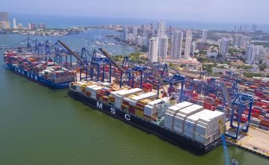 Desde el 26 de junio de 2016, cuando se inauguraron las nuevas esclusas del canal de Panamá, las expectativas han girado en torno a cuántos Neopanamax circularían en la región y cuáles serían las terminales portuarias preparadas para el reto de atender estas naves que alcanzan los 14.000 TEU de capacidad.