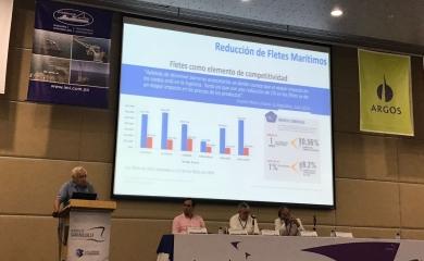 Alfonso Salas Gerente Sociedad Portuaria en su intervención en el III Encuentro Nacional Portuario