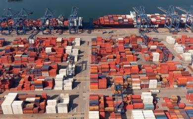 Con el arribo de la motonave Callao Express, esta semana Cartagena alcanzó la decena de buques Neopanamax atendidos en sus muelles desde julio pasado, tras la apertura de las nuevas esclusas en el Canal de Panamá.