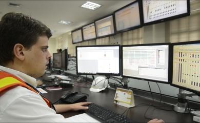 La Organización Puerto de Cartagena decidió migrar a N4, la versión más avanzada del sistema SPARCS, para garantizar una gestión más moderna y competitiva de sus operaciones en las terminales de Contecar y SPRC.
