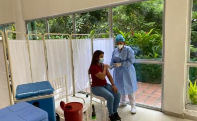Grupo_Puerto_de_Cartagena_vacuna_a_familiares_de_sus_colaboradores