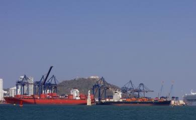 El Grupo Puerto de Cartagena a través de su Fundación hizo un aporte de 160 millones de pesos para la restauración de la Virgen del Carmen, la cual está ad portas de ser devuelta al lugar donde ha custodiado y bendecido a todos los tripulantes y embarcaciones que navegan por las aguas de la bahía de Cartagena desde 1.983.