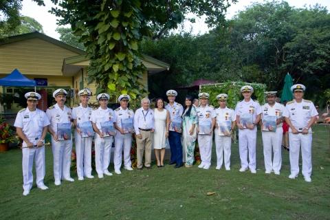 Homenaje a comandantes de los Buques del Sail