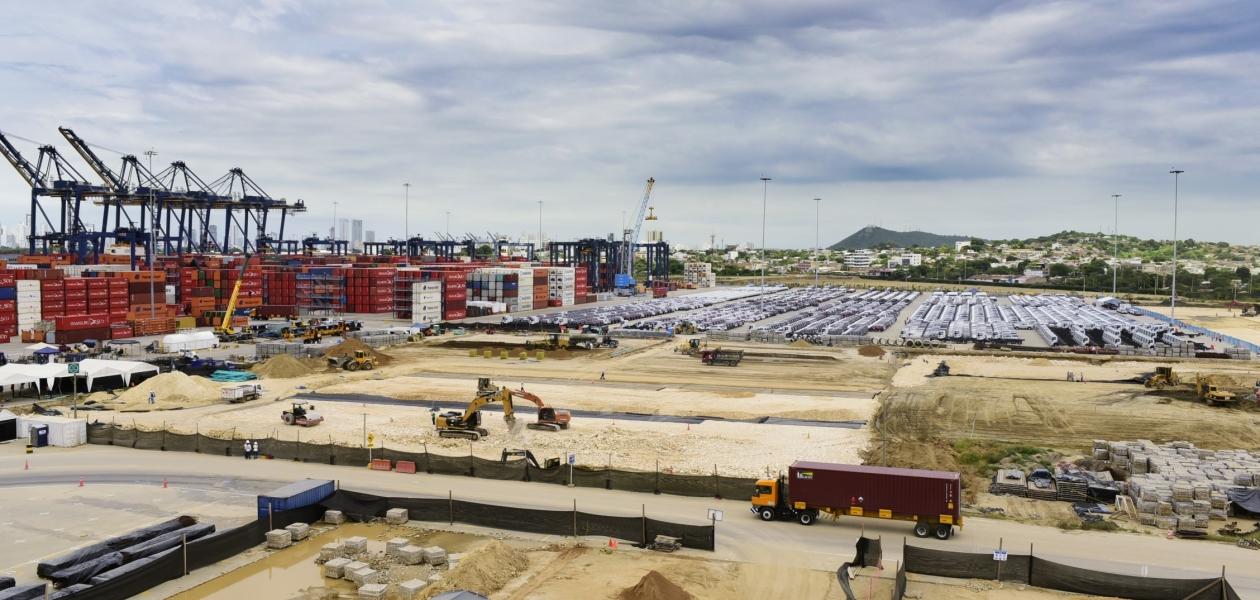 La Organización Puerto de Cartagena y su terminal Contecar adecúa 20 hectáreas para la misa del Santo Padre el próximo 10 de septiembre.