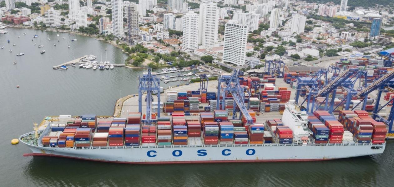 Llegó a la Sociedad Portuaria Regional de Cartagena el Cosco Yantian el portacontenedores con mayor eslora que ha entrado a la bahía de Cartagena.