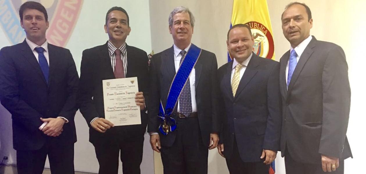 Cartagena por la estructuración y la gerencia del proyecto y a CH Pereira & Cia  S.A.S. por la construcción.
